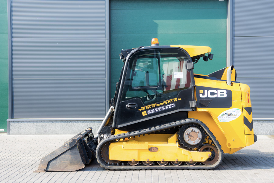 Мини-погрузчик JCB 225 T High Flow 2015 г. инв. 1693 - фото 2