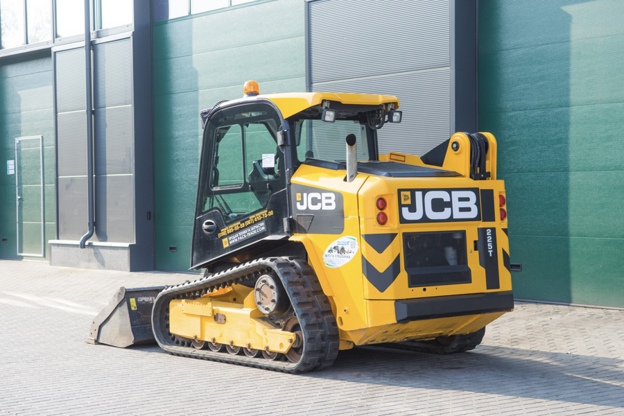 Мини-погрузчик JCB 225 T High Flow 2015 г. инв. 1693 - фото 3