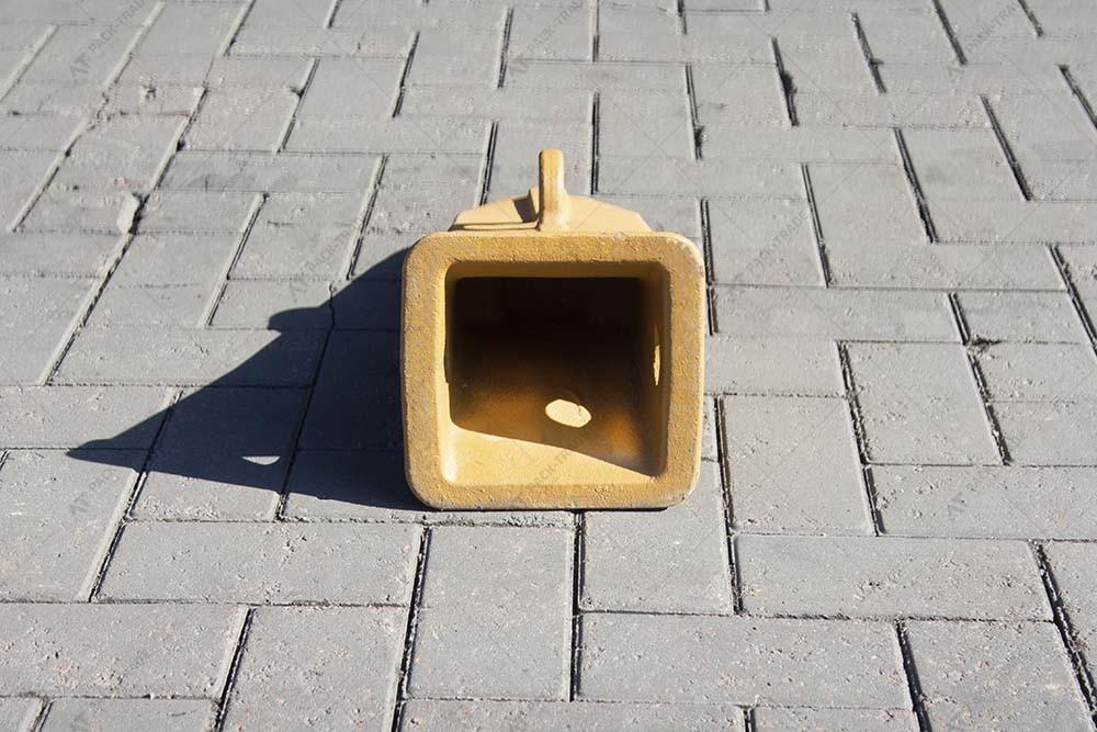 Зуб ковша (коронка скальная) САТ J600 (6I6602RC)