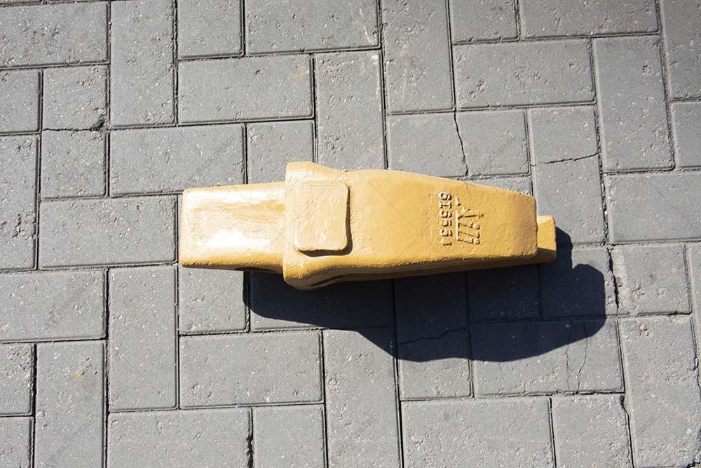 Адаптер коронки ковша CAT J550 (6I6554)